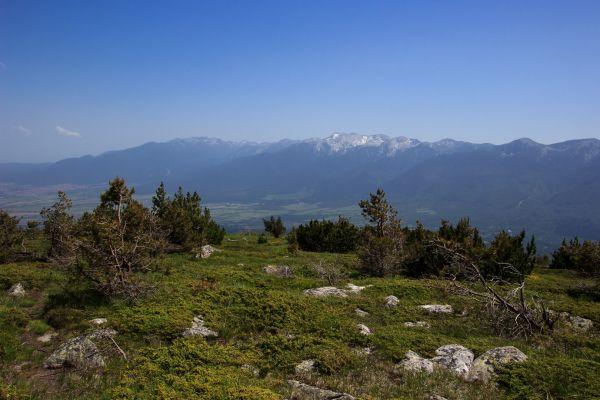 Kapatnik je poslední vrchol, který jsme v Rile překonali. Krásně nám otevřel pohled na náš další cíl, Pirin.