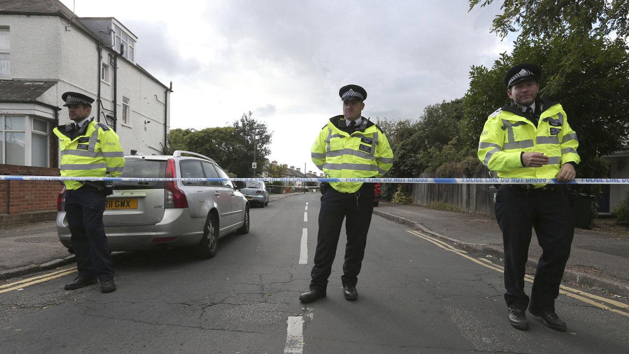 Britská policie zadržela dalšího podezřelého v případu pátečního teroristického útoku.