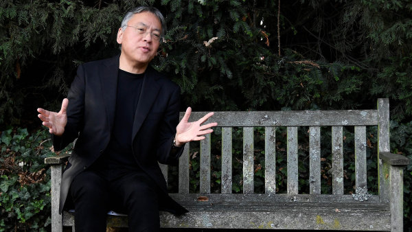 Nobelovu cenu zaliteraturu Kazuo Ishiguro získal ve čtvrtek vjednu hodinu odpoledne středoevropského času.