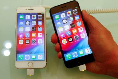 Apple údajně začne prodávat novou verzi iPhonu SE počátkem příštího roku za 399 USD, to je v přepočtu i s DPH asi 11 500 korun. Ilustrační foto.