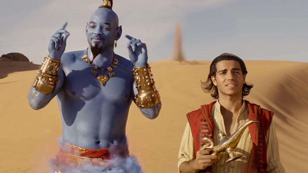 Will Smith jako džin je povedený chvástavý raper. Jinak jde z Aladina smutek.