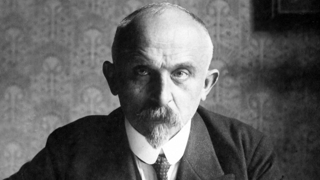 Alois Rašín stabilizoval československou měnu, která tím získala naatraktivitě ipro padělatele.