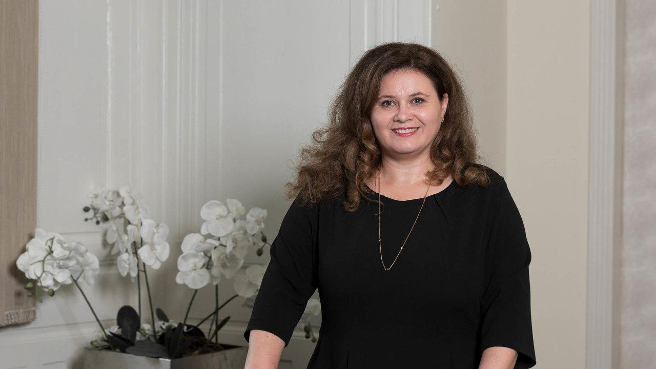 Janka Brezániová (42)