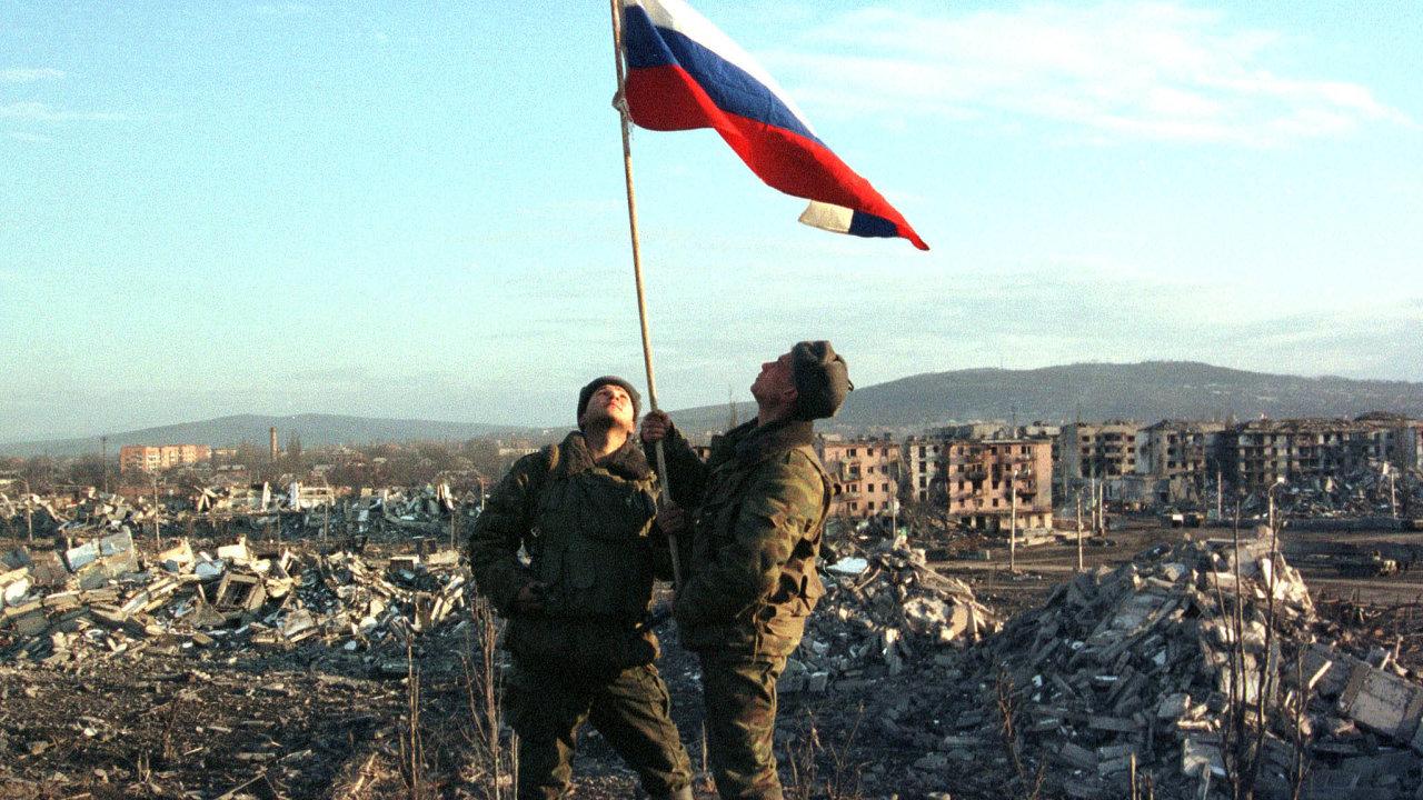 První čečenská válka zanechala centrum hlavního města Groznyj vtroskách.