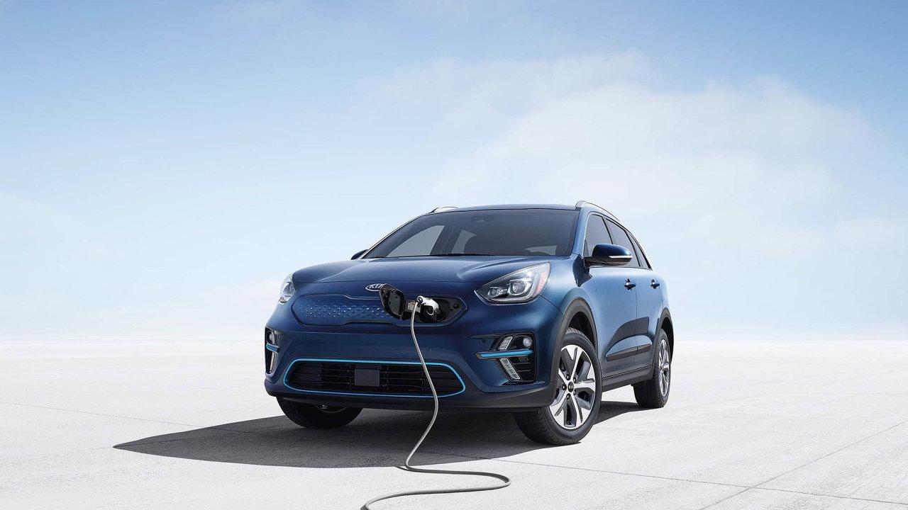 Ve vozových parcích českých firem se elektromobily zabydlují jen pomalu.