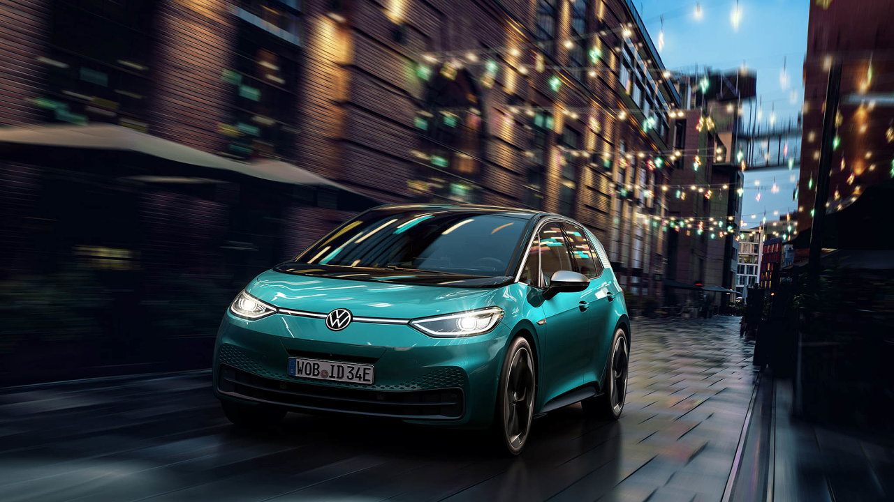 Nový elektrický hit: Přibližně vpolovině příštího roku hodlá Volkswagen uvést doprodeje model nižší střední třídy ID.3 čistě naelektrický pohon.
