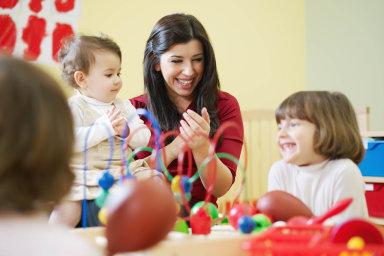 Rodičovská se zvýšila od ledna z 220 tisíc na 300 tisíc korun - Ilustrační foto.