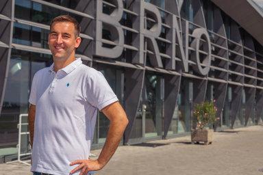 Milan Kratina vroce 2011 založil Accolade, zekteré vybudoval jednoho znejvlivnějších hráčů natrhu sprůmyslovou infrastrukturou.