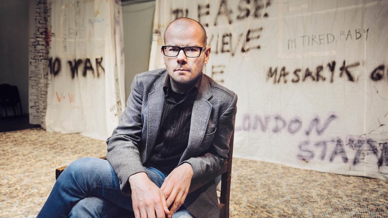 Podle Jiřího Honzírka, šéfa brněnského Divadla Feste arežiséra hry oPetru Kellnerovi, je oligarchie vČesku velké téma, nad kterým by se diváci měli zamyslet.