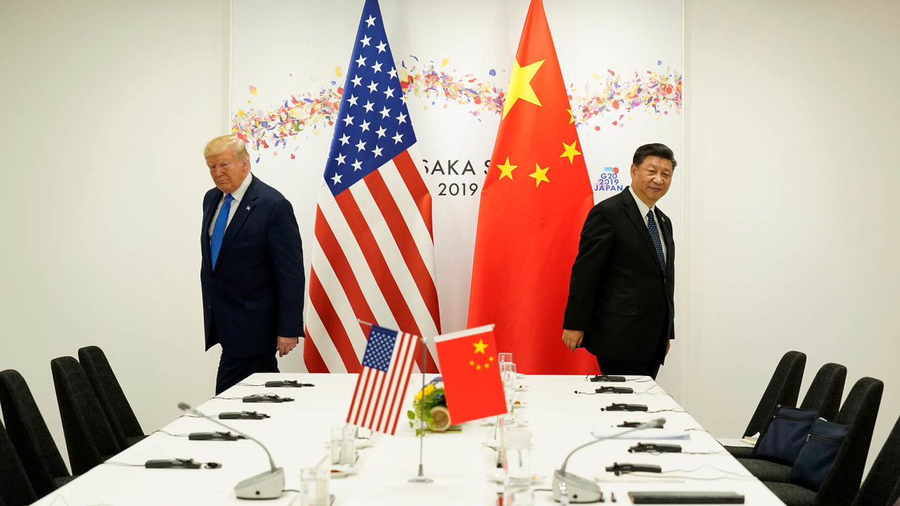 Sice se ještě navzájem potřebují kvůli obchodu, ale konflikt je naspadnutí. Donald Trump aSi Ťing-pching při jednáních okonci obchodní války