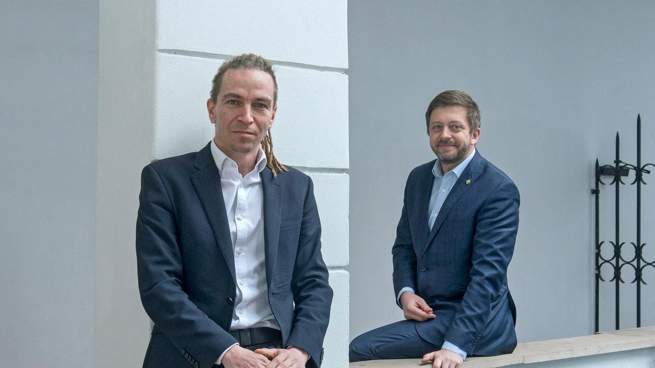 Budoucí vládní lídři? Předseda Pirátů Ivan Bartoš a předseda Starostů a nezávislých Vít Rakušan vedou volební koalici, která je podle průzkumů agentur Kantar nebo Median favoritem letošních voleb.