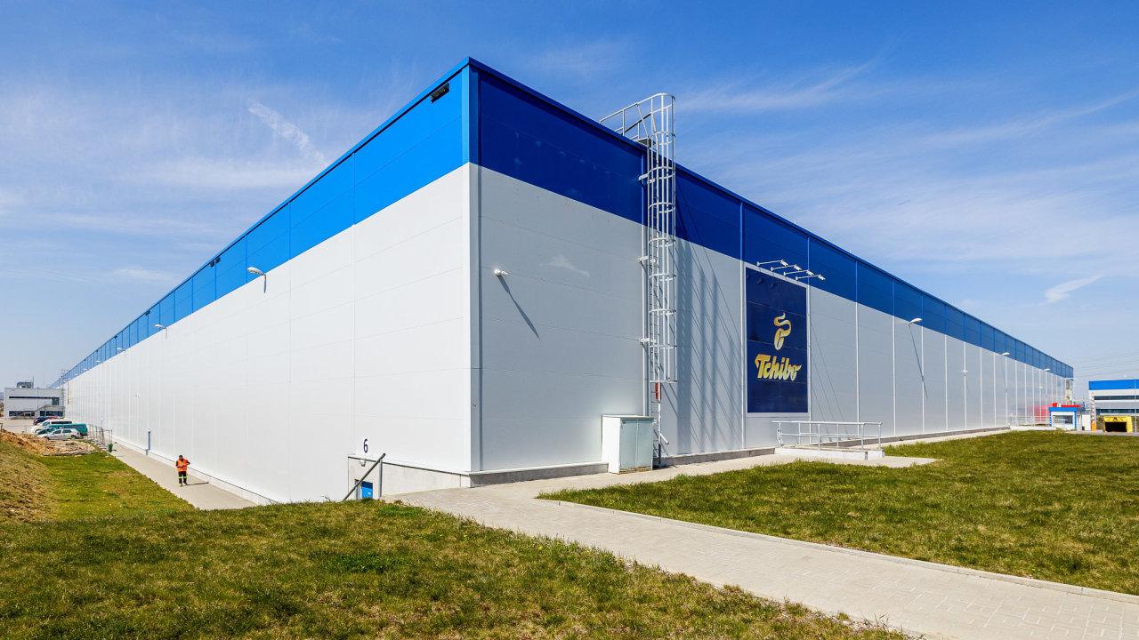 Distribuční centrum Tchibo slouží ke skladování, vychystávání a rozesílání zboží koncovým spotřebitelům do sedmi zemí Evropy.