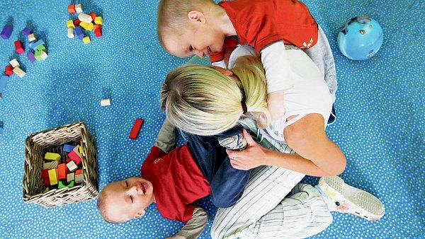 Hlídání dětí, ilustrační foto