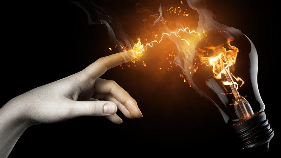 Domácnosti mohou vydražit dodavatele elektřiny i plynu. (Ilustrační foto)