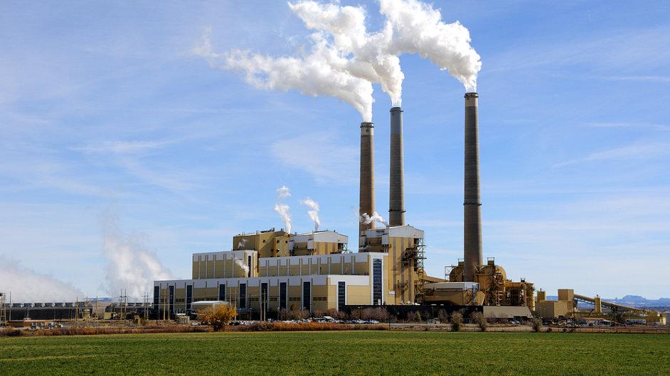 Uhelná elektrárna - ilustrační foto