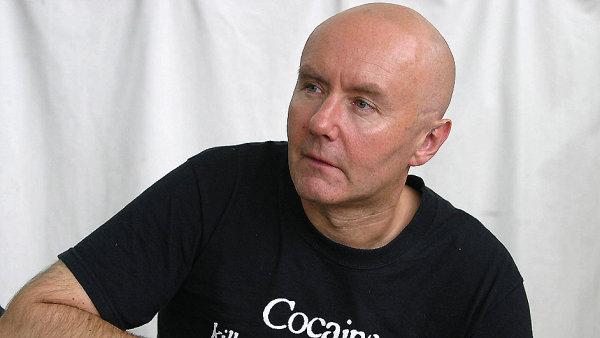 V novém románu Irvina Welshe čtenáři najdou mistrně podané monology skotských narkomanů.