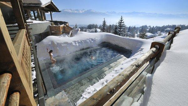 Co v�echno m�ete d�lat na zimn� dovolen� v Alp�ch, kdy� doly�ujete