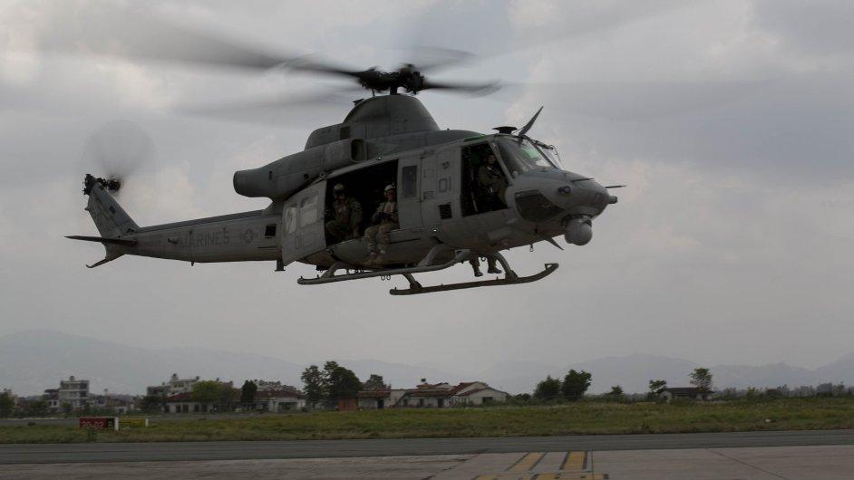 Pohřešovaný americký vrtulník typu Huey havaroval poblíž nepálsko-čínských hranic. (Ilustrační foto)