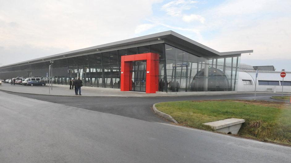 Na Letiště Leoše Janáčka Ostrava v Mošnově začaly jezdit vlaky