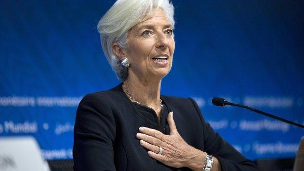 Současná šéfka Mezinárodního měnového fondu Christine Lagardeová byla zvolena na další pětileté období.