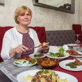 Pestrobarevn� hostina v libanonsk� restauraci U Cedru s personalistkou Janou Martinovou