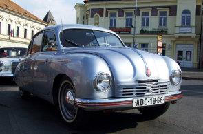Tatra zvažuje návrat na trh osobních aut, chce oprášit legendární Tatraplan