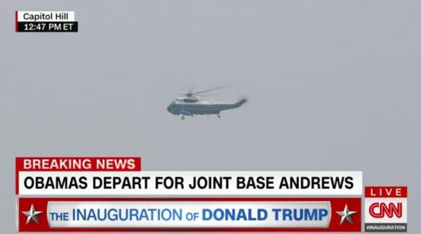 HelikoptA c ra v luftu