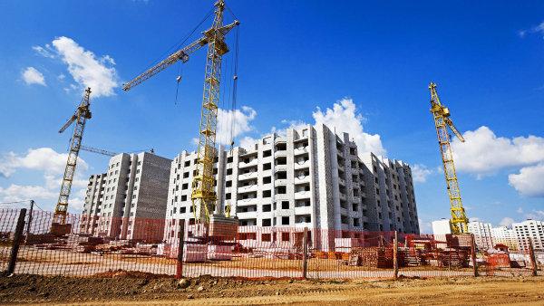Výstavba nových bytů v Česku zpomaluje. Důvodem jsou zdlouhavé povolovací procesy - Ilustrační foto.