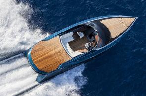 Aston Martin nestaví jen sporťáky, vrhl se i na luxusní lodě. Není ale zdaleka jedinou automobilkou
