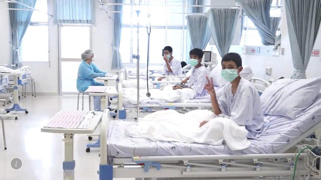Zásadní okamžiky: Záchrana 12 chlapců z thajské jeskyně trvala celkem 18 dní