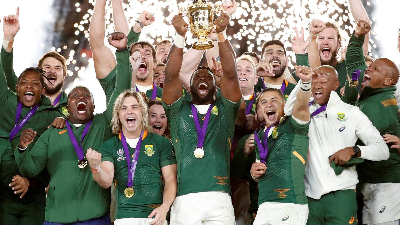 Díky vítězství Jižní Afriky na mistrovství světa v ragby má důvod slavit i značka Asics.