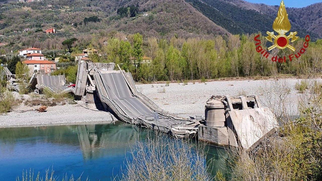 Itálie pád mostu