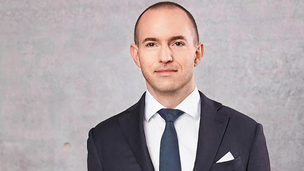 Muž číslo dva vefirmě Wirecard, čtyřicetiletý manažer Jan Maršálek, se podle všech známek nyní objevil vRusku. Prý je pod dohledem ruské vojenské rozvědky GRU.