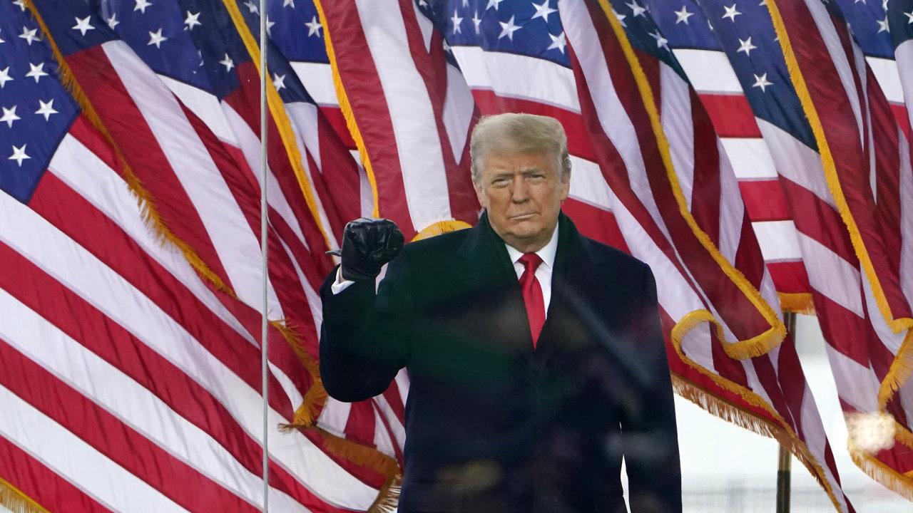 Donaldu Trumpovi hrozí odvolání. Anatrvalo přišel oúčet naTwitteru.