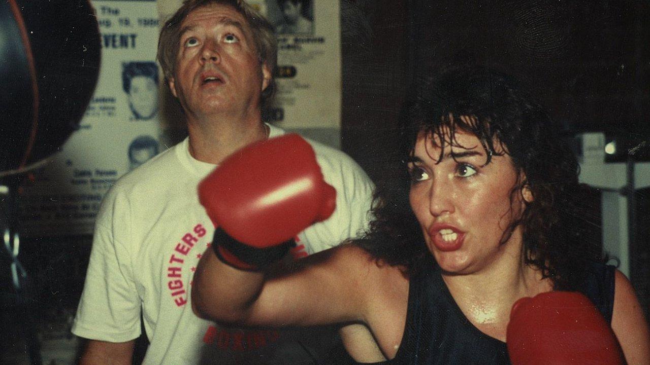Christy Martinová měla drsnější úder než hromada chlapů.