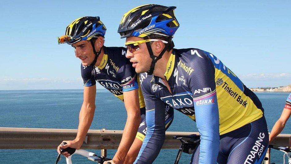 Alberto Contador a Roman Kreuziger při tréninku