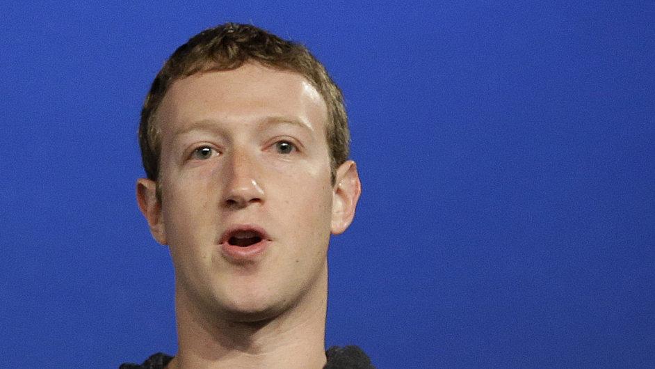 Před měsícem měl Mark Zuckerberg o 92 miliard korun více.