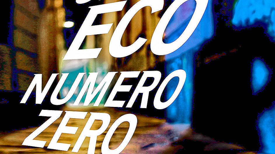 Obálka italského vydání románu Numero Zero od Umberta Eca.