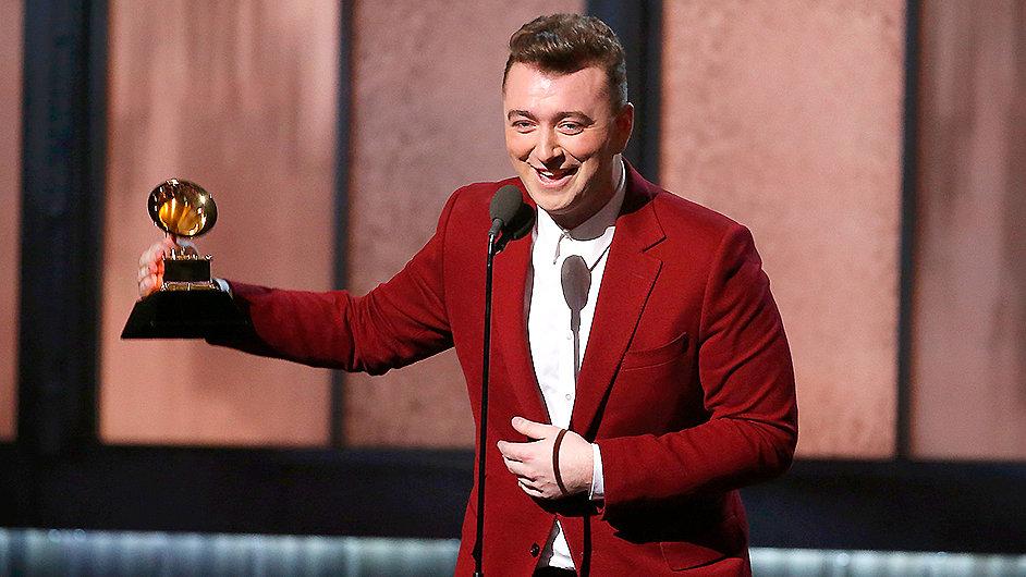 Teprve dvaadvacetiletý Sam Smith získal čtyři Grammy.