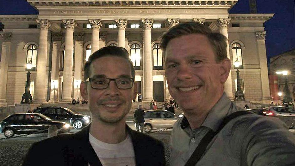 Selfie skladatele Miroslava Srnky a libretisty Toma Hollowaye