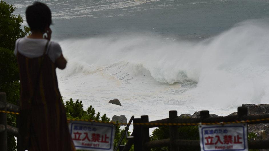 Tajfun Japonsko Nangka