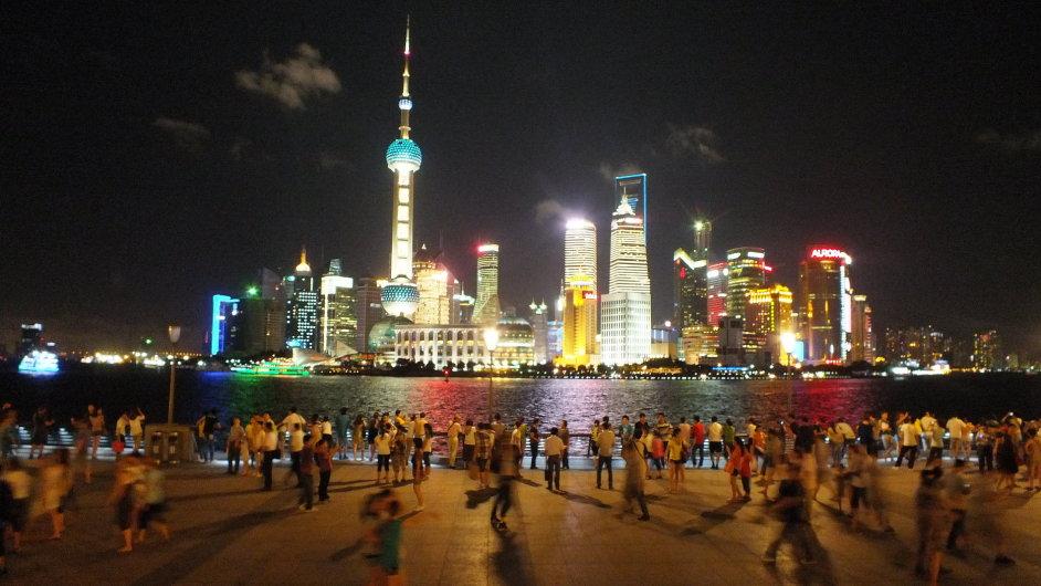 Šanghaj: zhasínání Bundu a Pudongu
