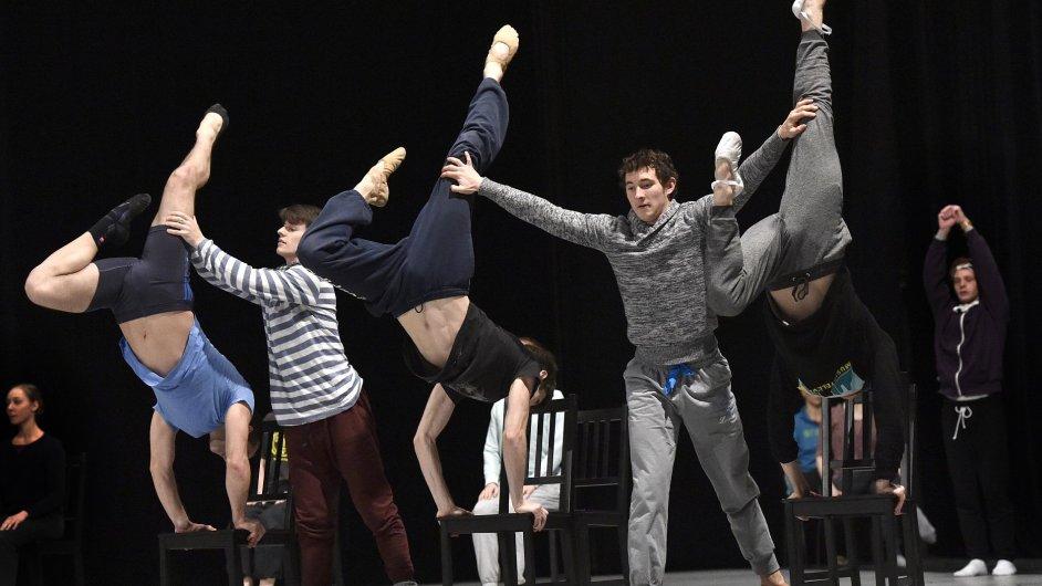 Snímek ze zkoušky choreografie Petite Mort