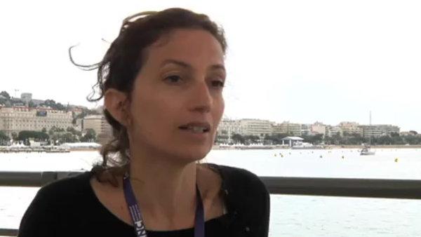Audrey Azoulayov� m� �zk� vazby na francouzskou filmovou bran�i.