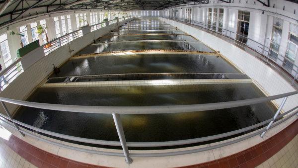 Rekonstrukce �pravny pitn� vody v Podhrad� za t�m�� 130 milion� korun za�ala loni.