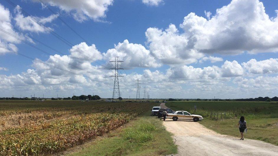 Policie v Texasu vyšetřuje pád horkovzdušného balonu.