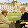 N�meck� kancl��ka Angela Merkelov� s premi�rem Bohuslavem Sobotkou na ��adu vl�dy �R.