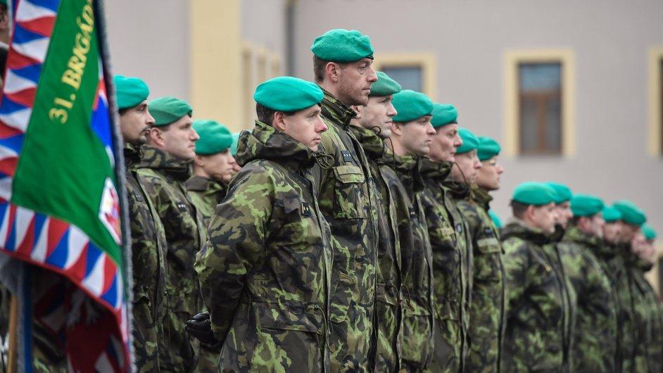 Váleční veteráni uctili 11. listopadu v Liberci památku padlých kolegů nejen z první a druhé světové války, ale i těch, kteří padli v moderní historii.