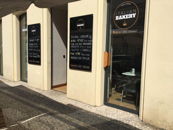 Italian Bakery v pražském Karlíně.