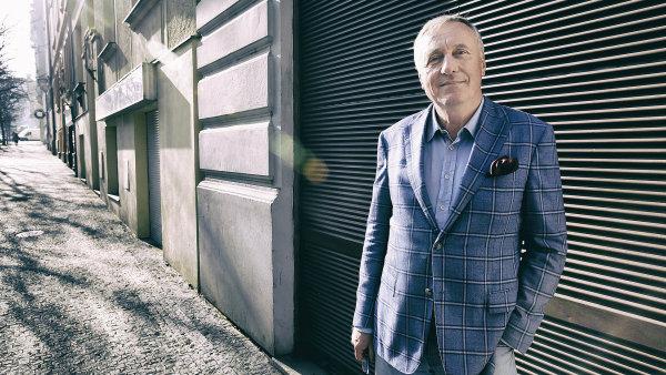Dosouboje oHrad se přihlásil iexpremiér a bývalý předseda ODS Mirek Topolánek.